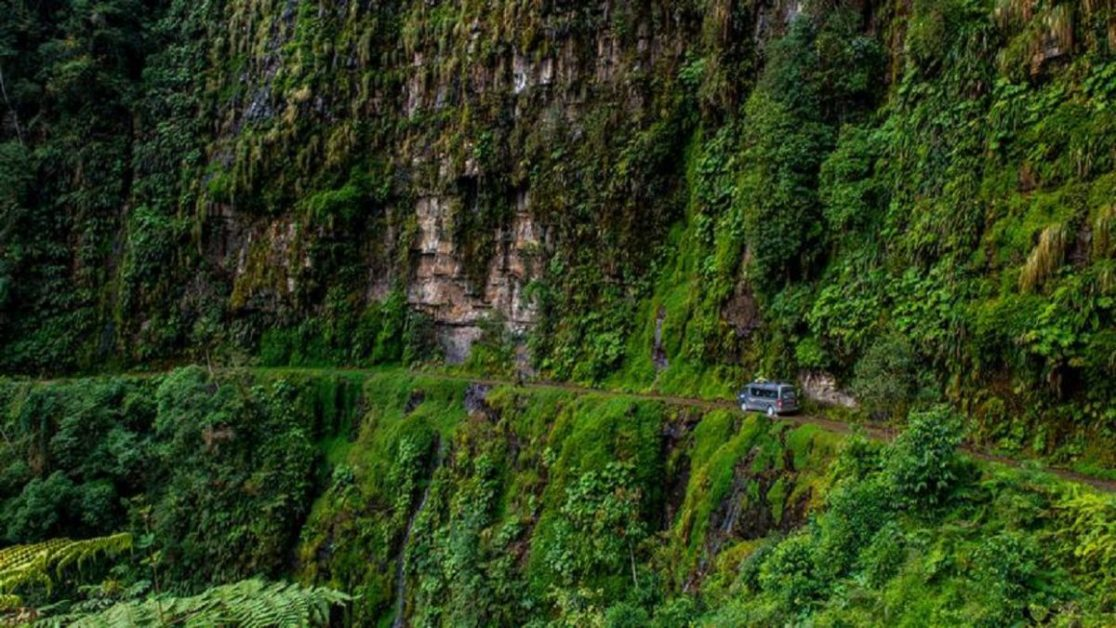 The foremost death road in Bolivia: Yungas Road